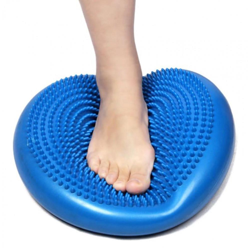 Sensory-motor massage pillow for fitness, sports, pilates, crossfit, coordination of movements training, balance