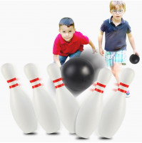 Childrens safe bowling set - 12 light pins and 2 balls, for games on the beach, at home, in the country