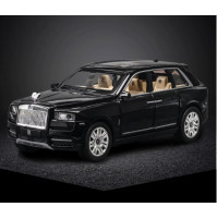 Collectible model 1:24 scale Rolls Royce Cullinan