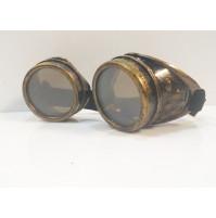 Apaļas brilles Cyberpunk vai Steampunk stīlā