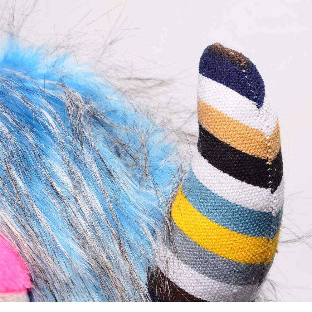 Siltā ziemas smieklīga dzivnieka pliša cepure