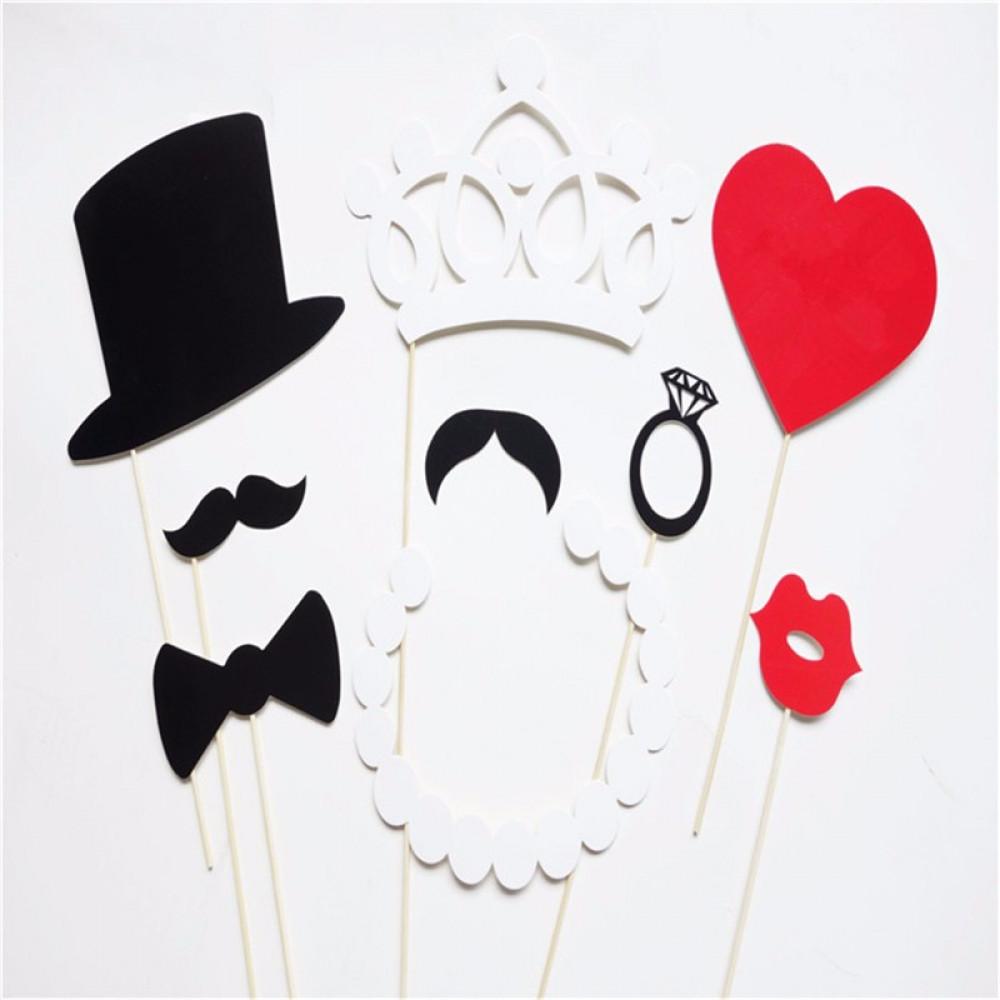 DIY Mustache Hat On A Stick Photo Props
