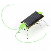 Игрушка на солнечной батарее: кузнечик, машинка или паучок