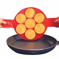 Silicone form Flippin Fantastic for the preparation of fritters and scrambled eggs