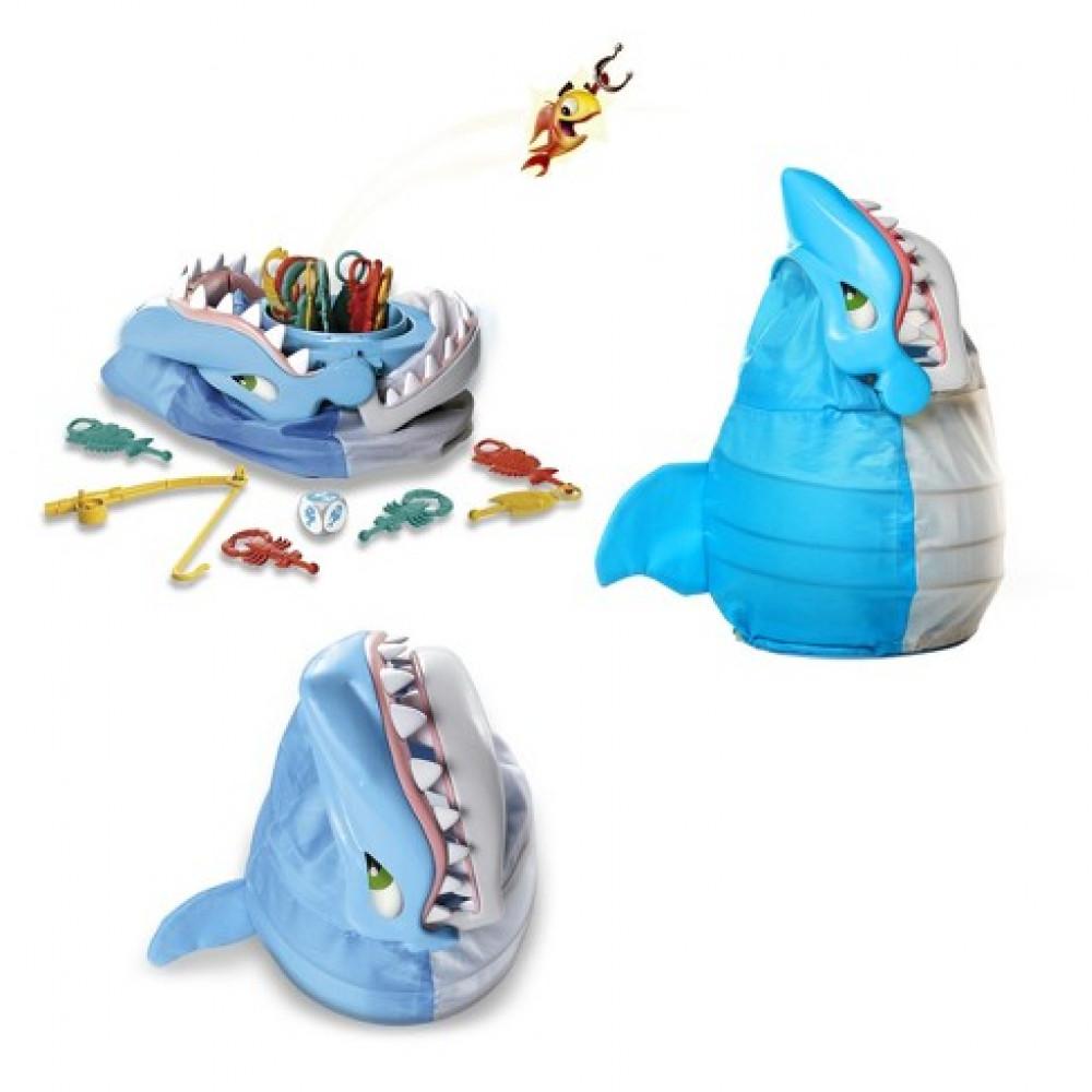 """Galda spēlē """"Priecīgā Haizivs"""""""