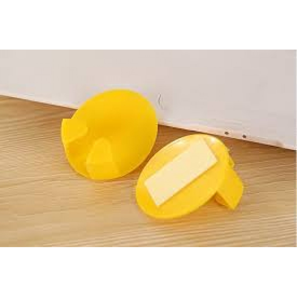 Ergonomic holder for plugs from electrical appliances, cords and other trifles