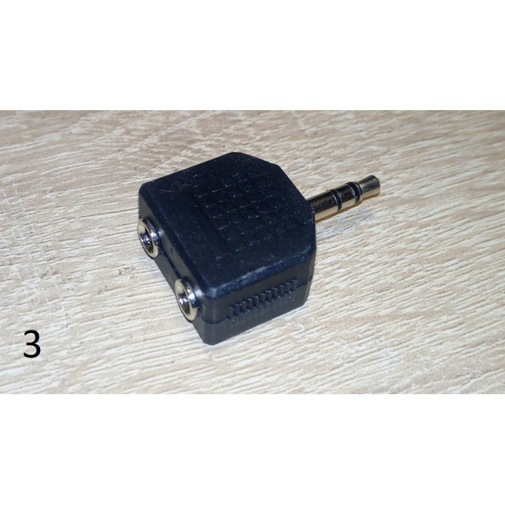 """3.5 mm 1/8"""" Female To 2 RCA Female Audio Adapter Y Splitter connector"""