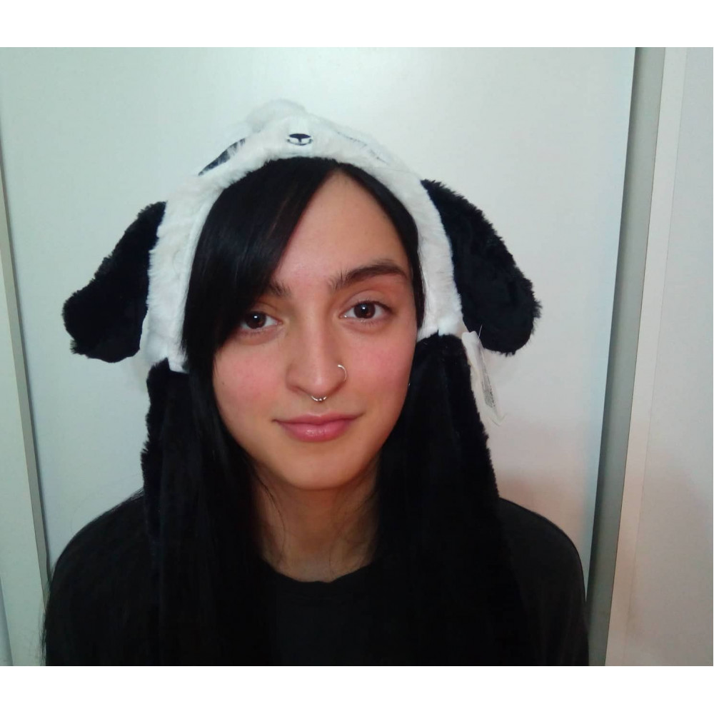 Animal hat with pneumatic moving ears