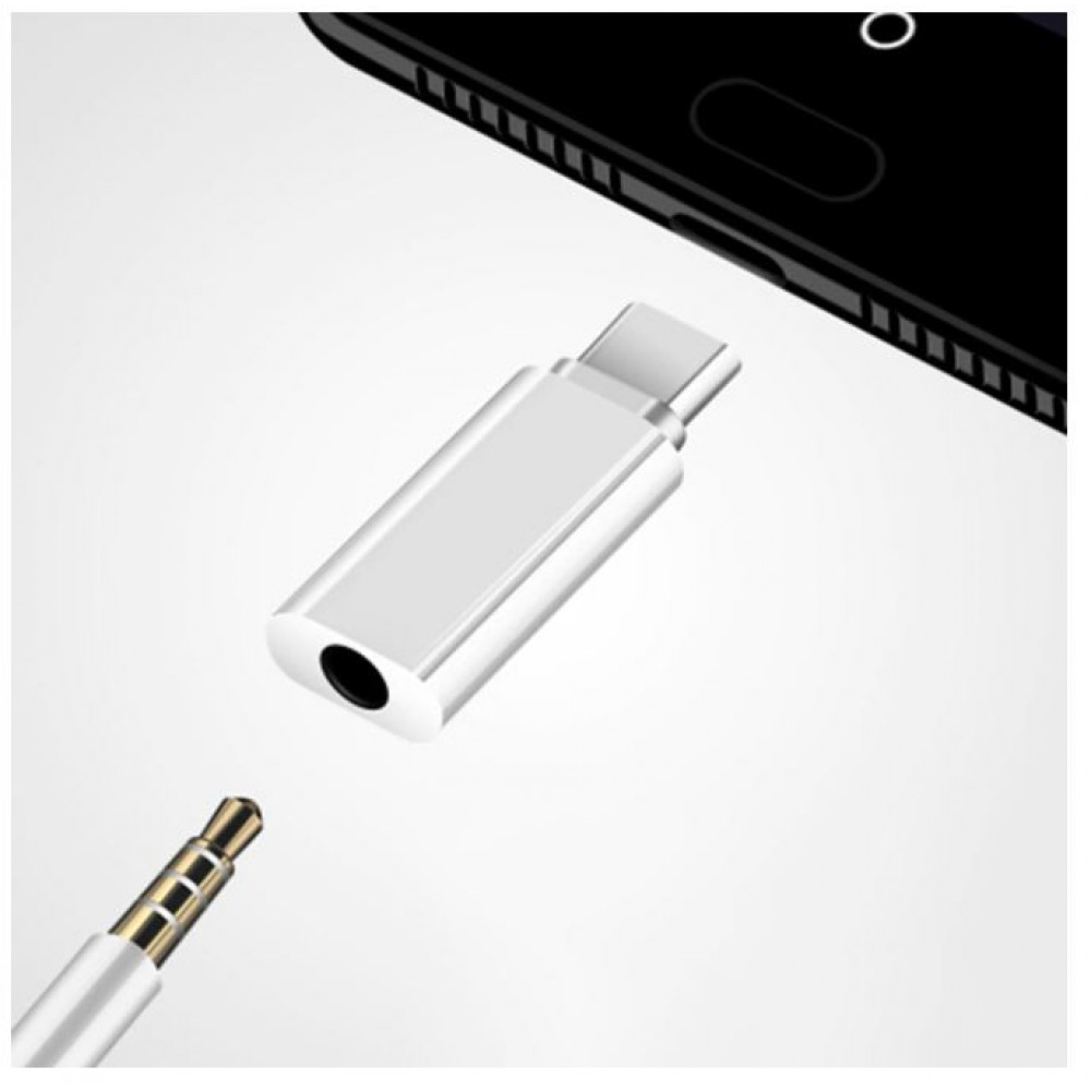 Adapter audio Mini Jack 3.5 mm female to Type C male for connecting headphones to the phone